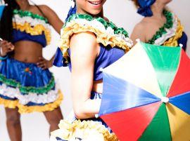 Samba class with Levanta Poeira Brazilian Dance School