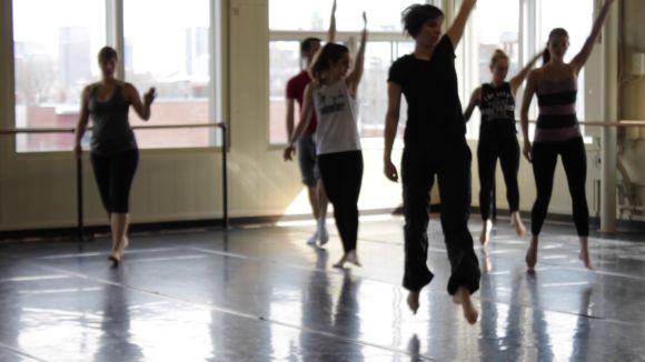 (Français) Cours technique – Danse moderne avec Marie-Pier Fortier