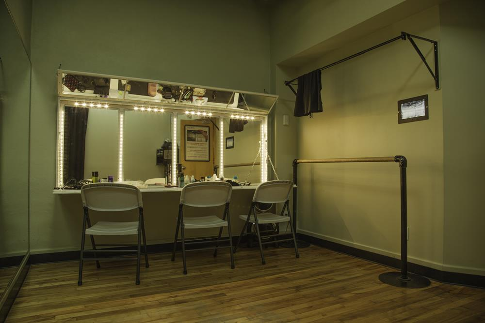 05-studio-theatre
