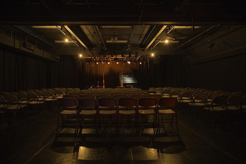 09-studio-theatre