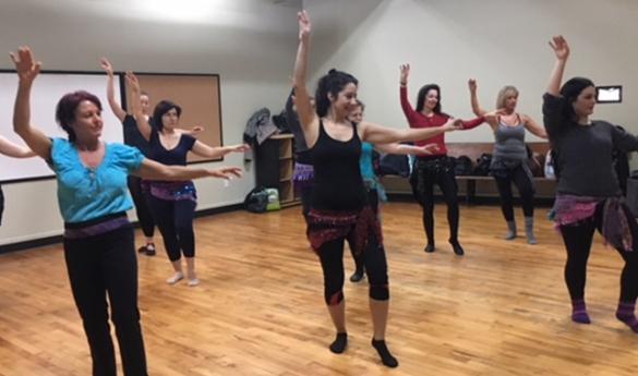 Un plongeon dans le monde de la danse orientale