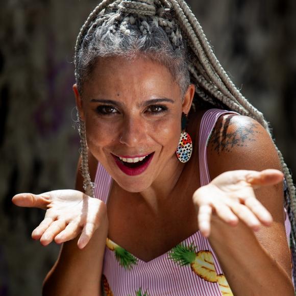Levanta Poeira – École de danses brésiliennes